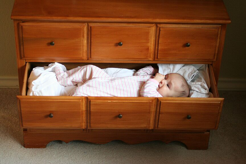 Old Fashioned Baby Cots 104